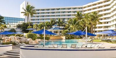 Melia Lyford Cay Male Mobile Spa Studio Massage Therapist Nassau Bahamas Paradise Island Atlantis Baha Mar Hotel Palm Cay Treasure Cove Airbnb Marina Cable Beach